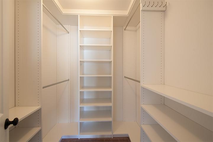 Master Closet (A) - 405 Mendocino Way