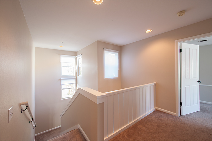 Upstairs Landing (A) - 405 Mendocino Way