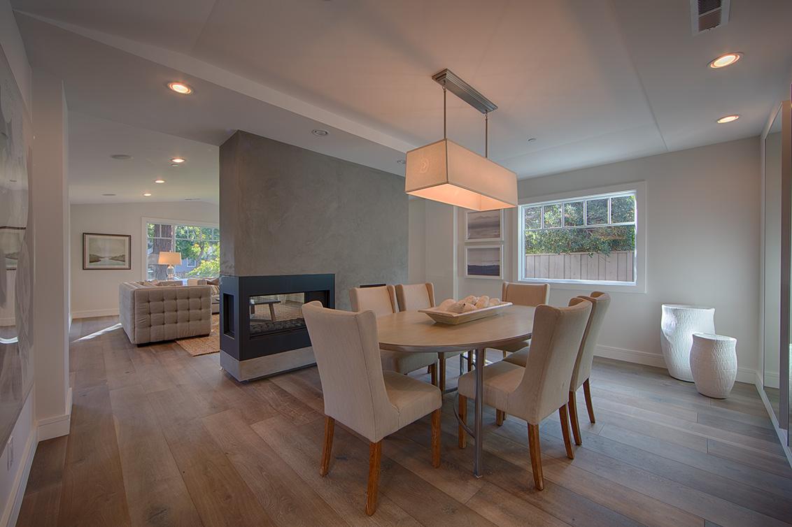 Dining Room (B) - 331 Oak Ct