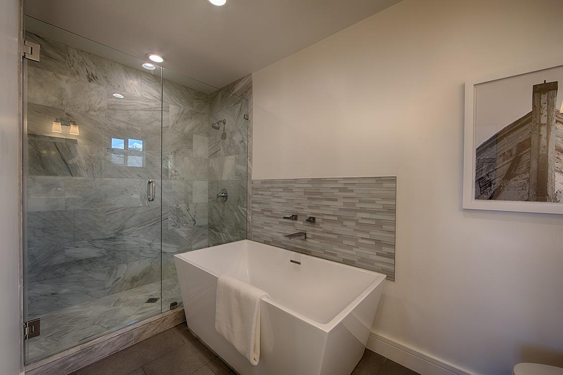 Master Bath 2 (B) - 331 Oak Ct