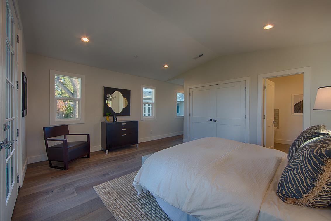 Master Bedroom 2 (C) - 331 Oak Ct