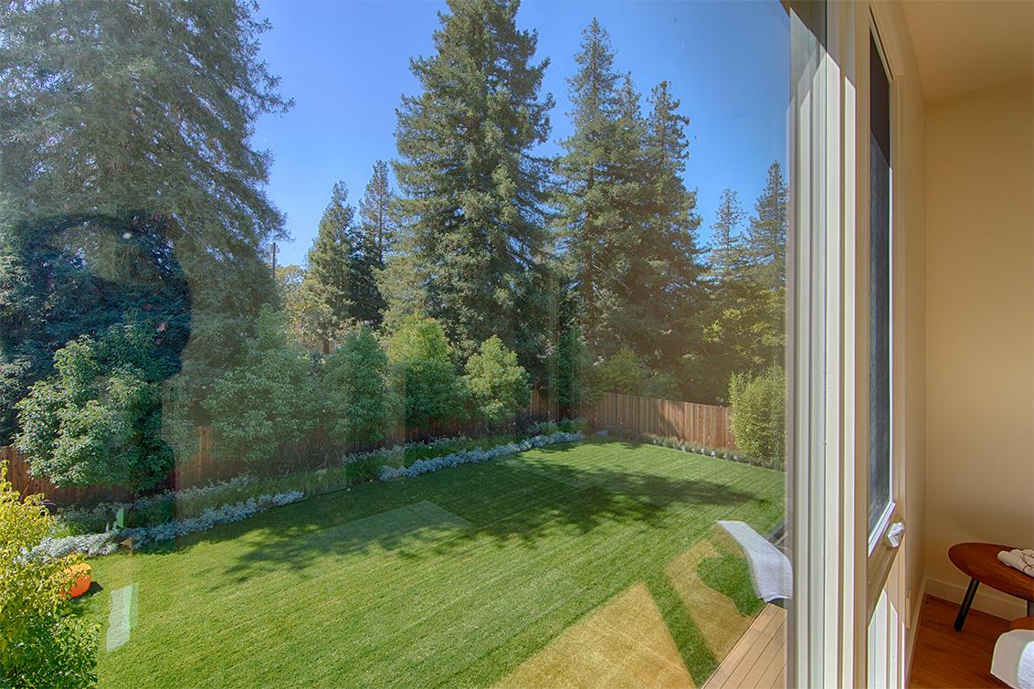 Backyard picture - 4246 Pomona Ave, Palo Alto 94306