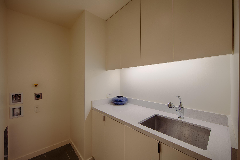 4246 Pomona Ave, Palo Alto 94306 - Laundry (A)