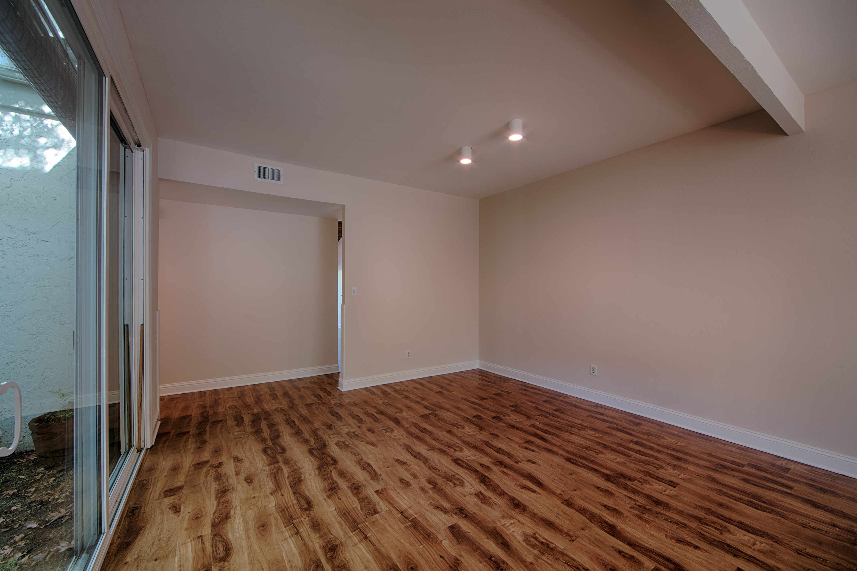 4271 Ponce Dr, Palo Alto 94306 - Dining Area (A)
