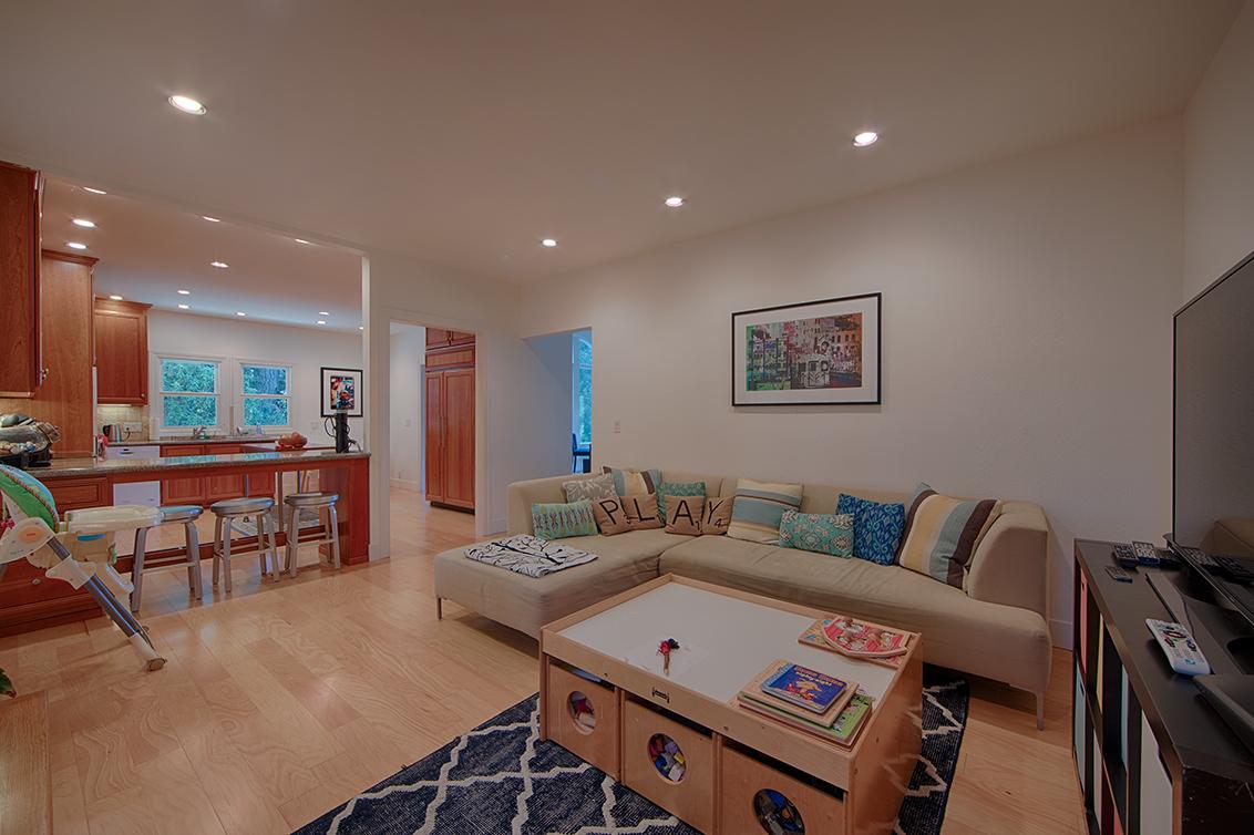 Family Room (C) - 1 Quail Ct