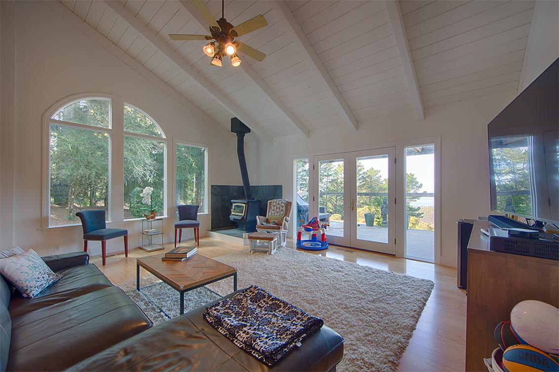 Living Room (B) - 1 Quail Ct