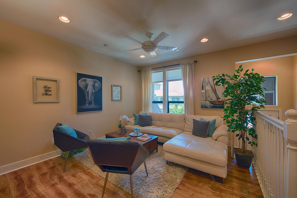 Living Room picture - 4245 Rickeys Way I, Palo Alto 94306