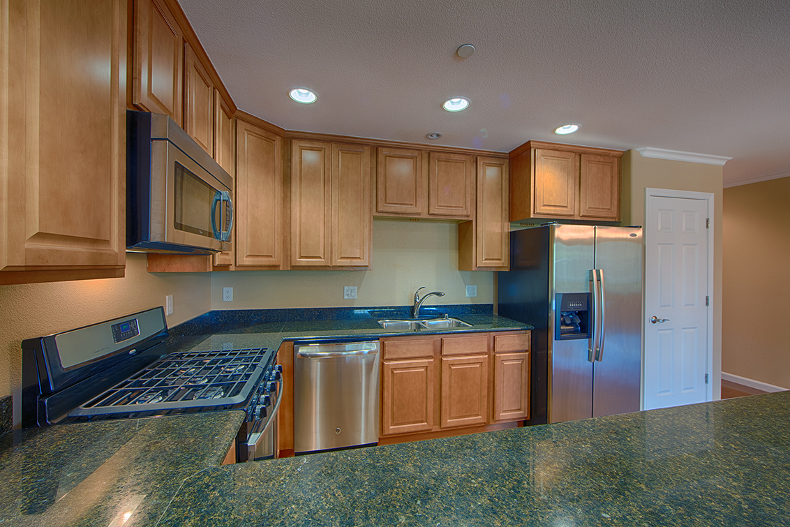 Kitchen (B) - 2217 Rock St