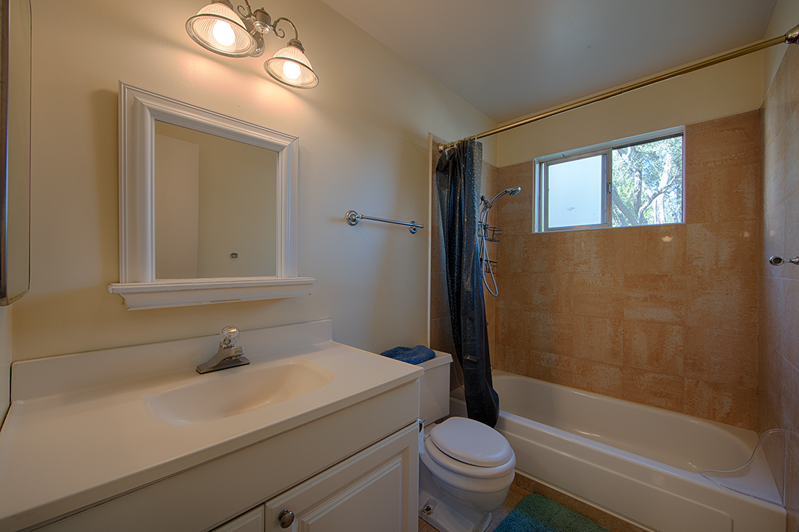 Bathroom 2 (A) - 255 S Rengstorff Ave 51