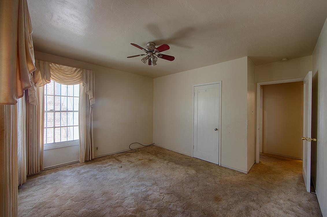 Bedroom 3 (B) - 1320 Sevier Ave