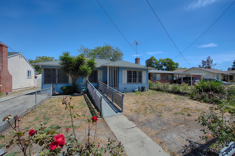 Front View - 1320 Sevier Ave, Menlo Park 94025
