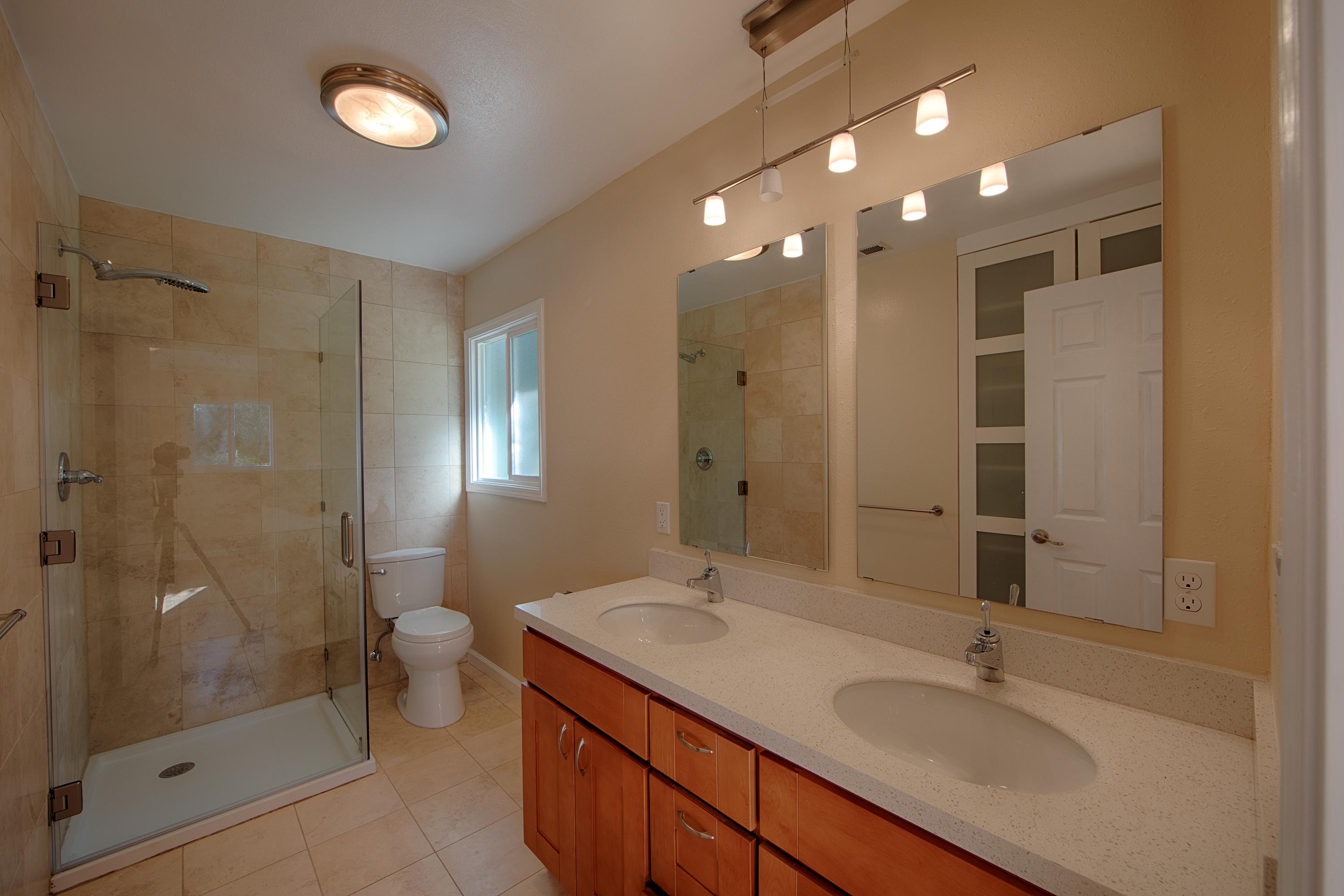 365 W Charleston Rd, Palo Alto 94306 - Master Bath (A)