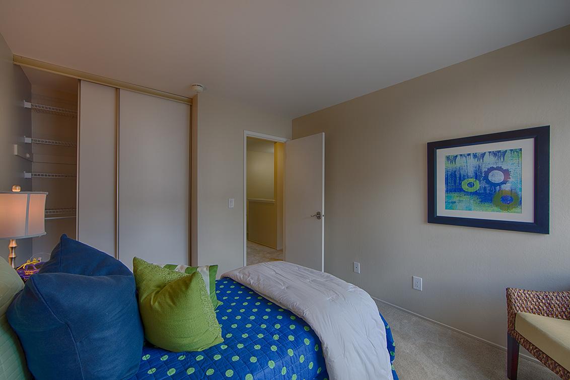 Living Room - 641 W Garland Ter