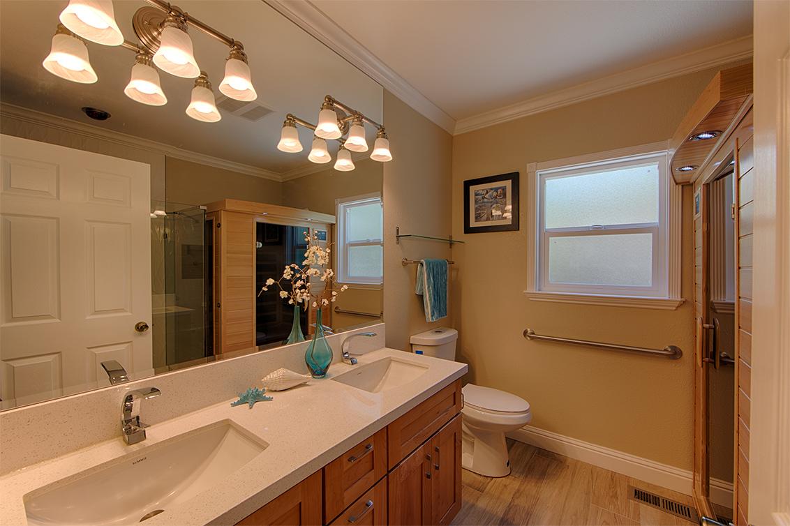 Guest Bath (A)