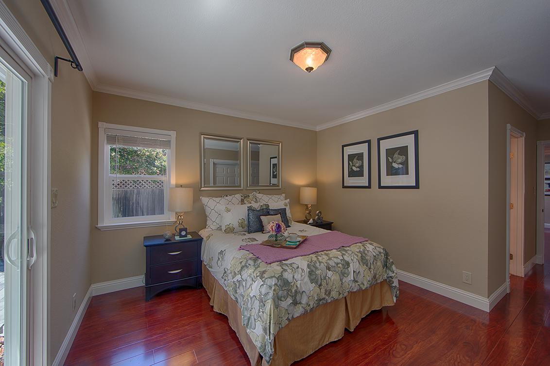 Guest Bedroom (D)