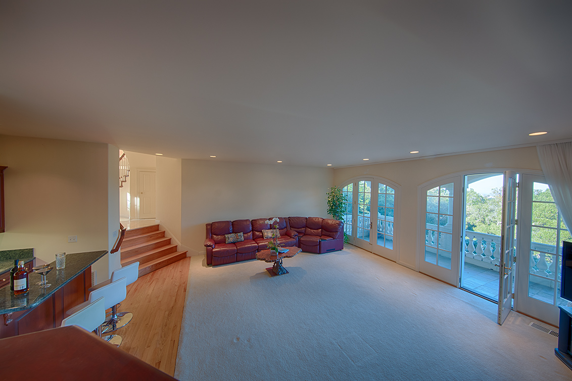 Family Room (C) - 26856 Almaden Ct