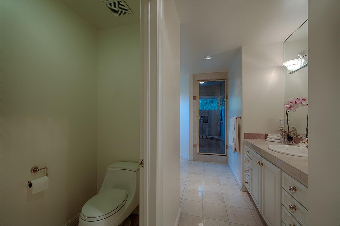 Master Bath (C) - 26856 Almaden Ct