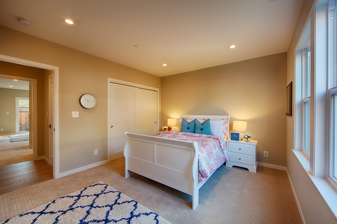 Living Room - 240 Arlington Rd
