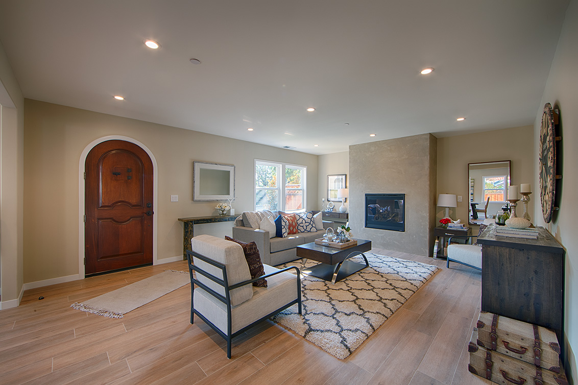 Living Room (B) - 240 Arlington Rd