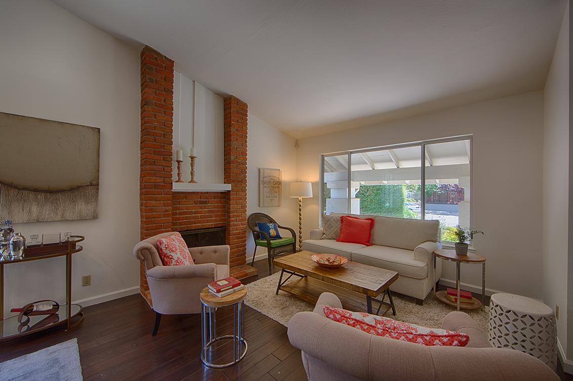 Living Room (B) - 6956 Bolado Dr
