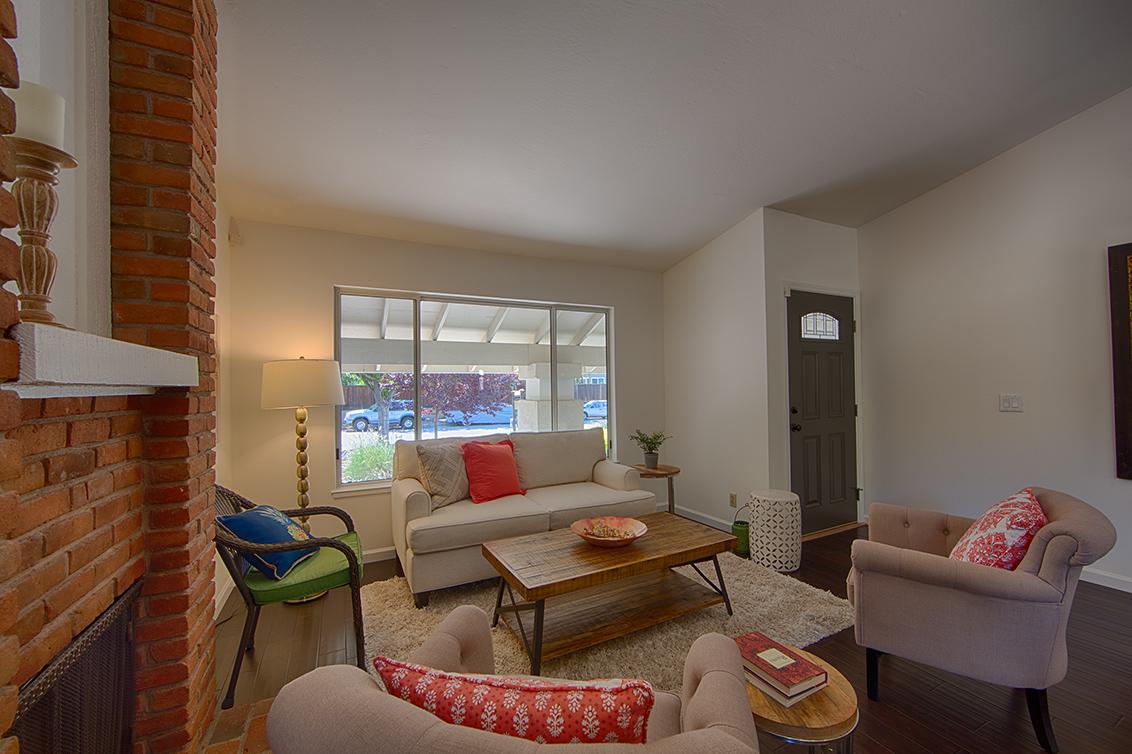 Living Room (C) - 6956 Bolado Dr