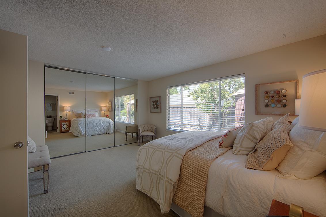 Master Bedroom (A) - 6956 Bolado Dr