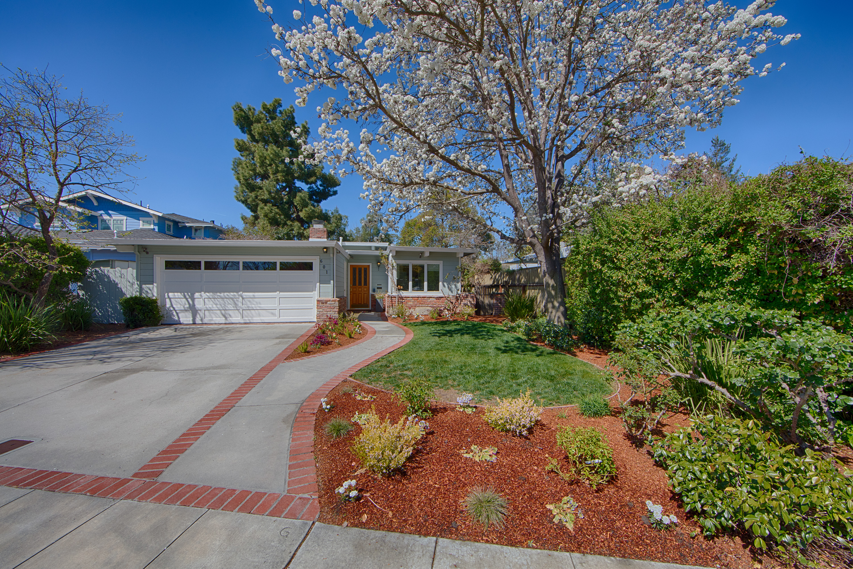 601 Bryson Ave, Palo Alto 94306 - Bryson Ave 601 (B)