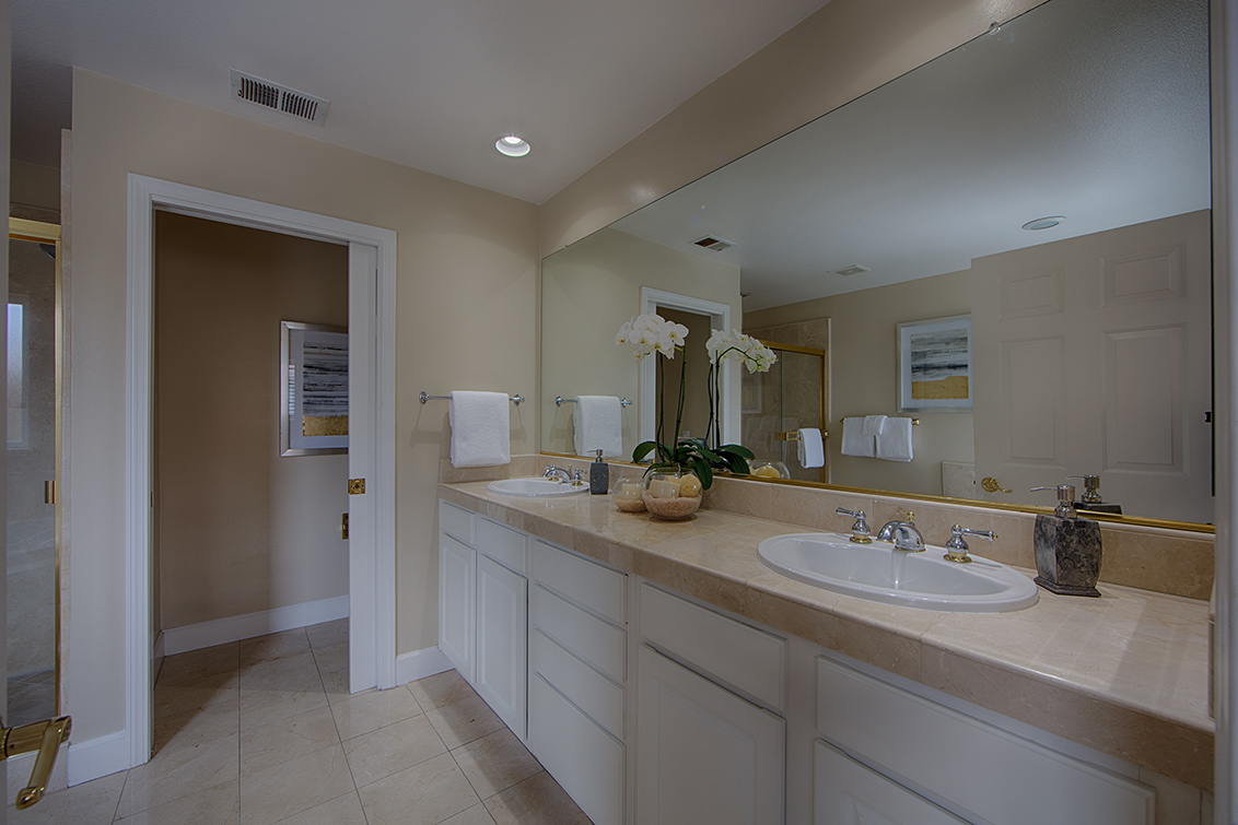 Master Bath (A) - 128 Buckthorn Way