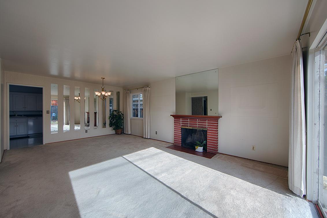 Living Room (B) - 988 Cambridge Ave