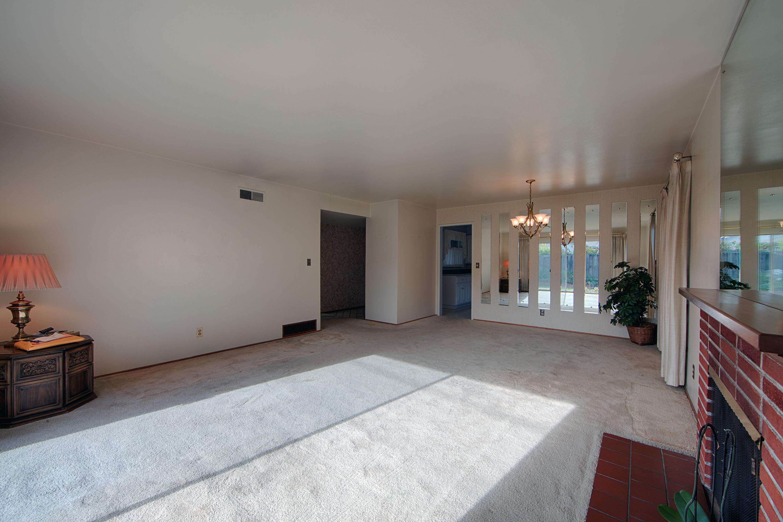 988 Cambridge Ave, Sunnyvale 94087 - Living Room (C)