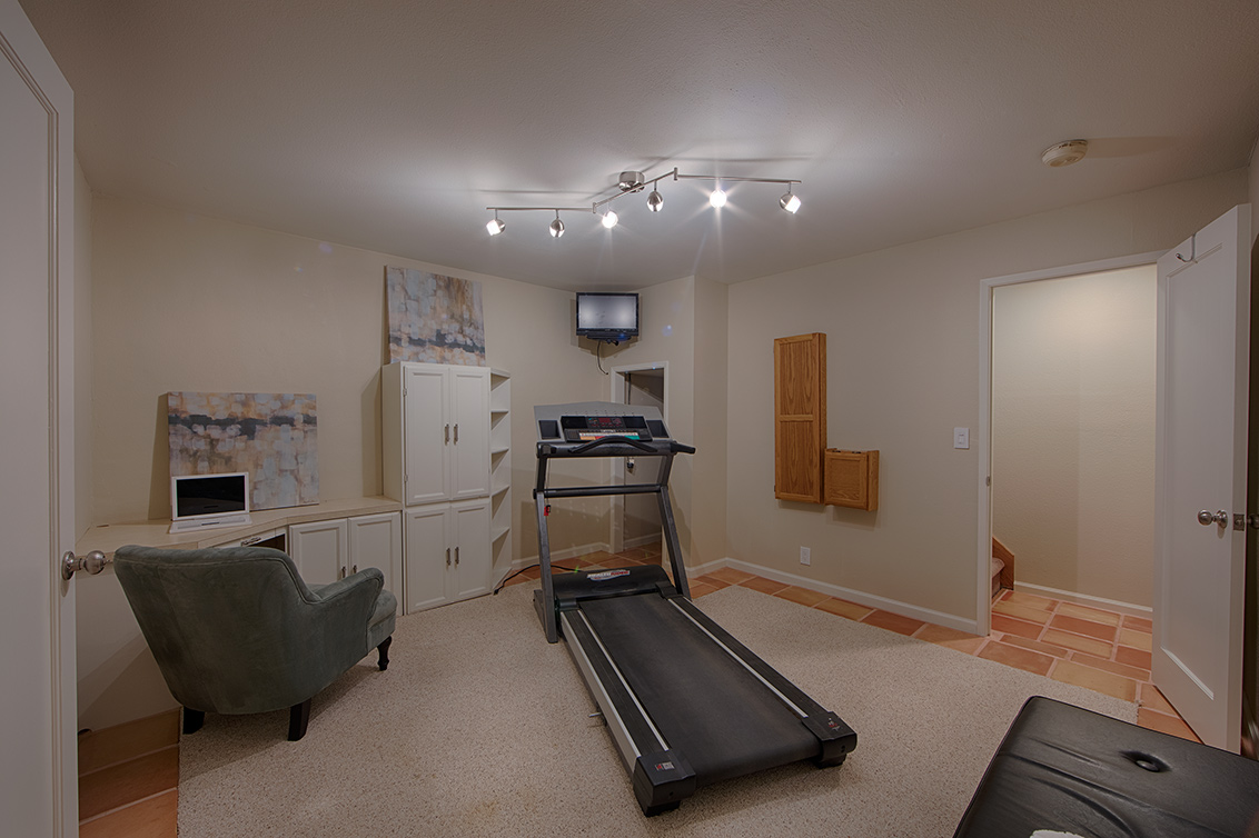 Exercise Room (B)