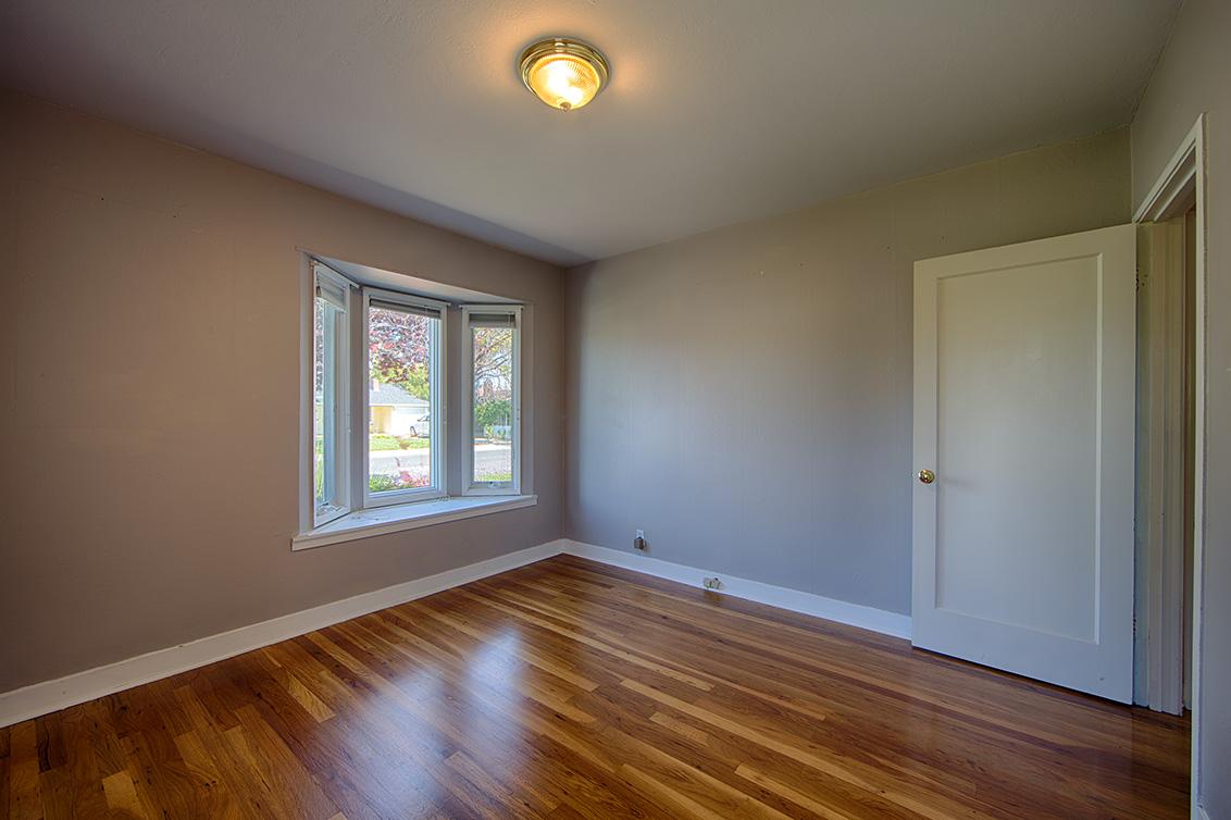 Bedroom 2 (B) - 1858 Clay St