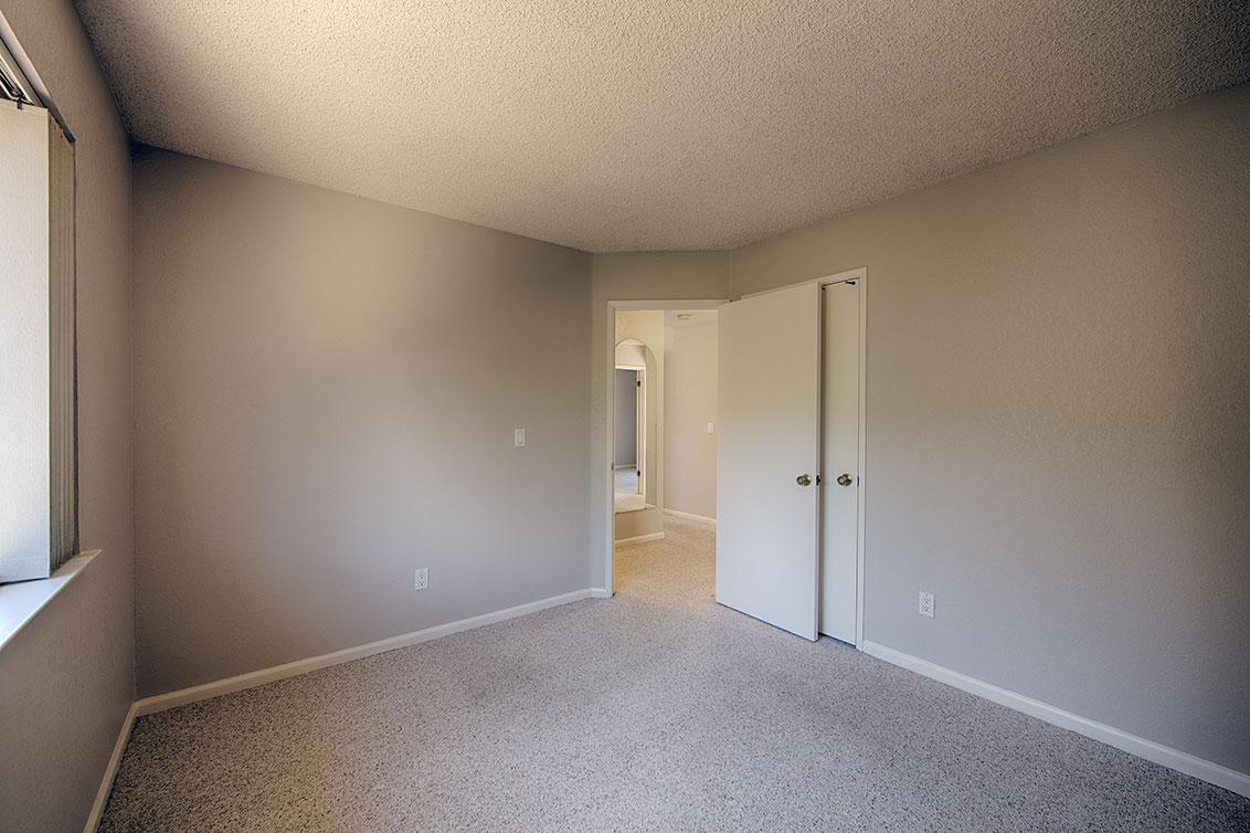 Bedroom 2 (C) - 3433 Coltwood Ct