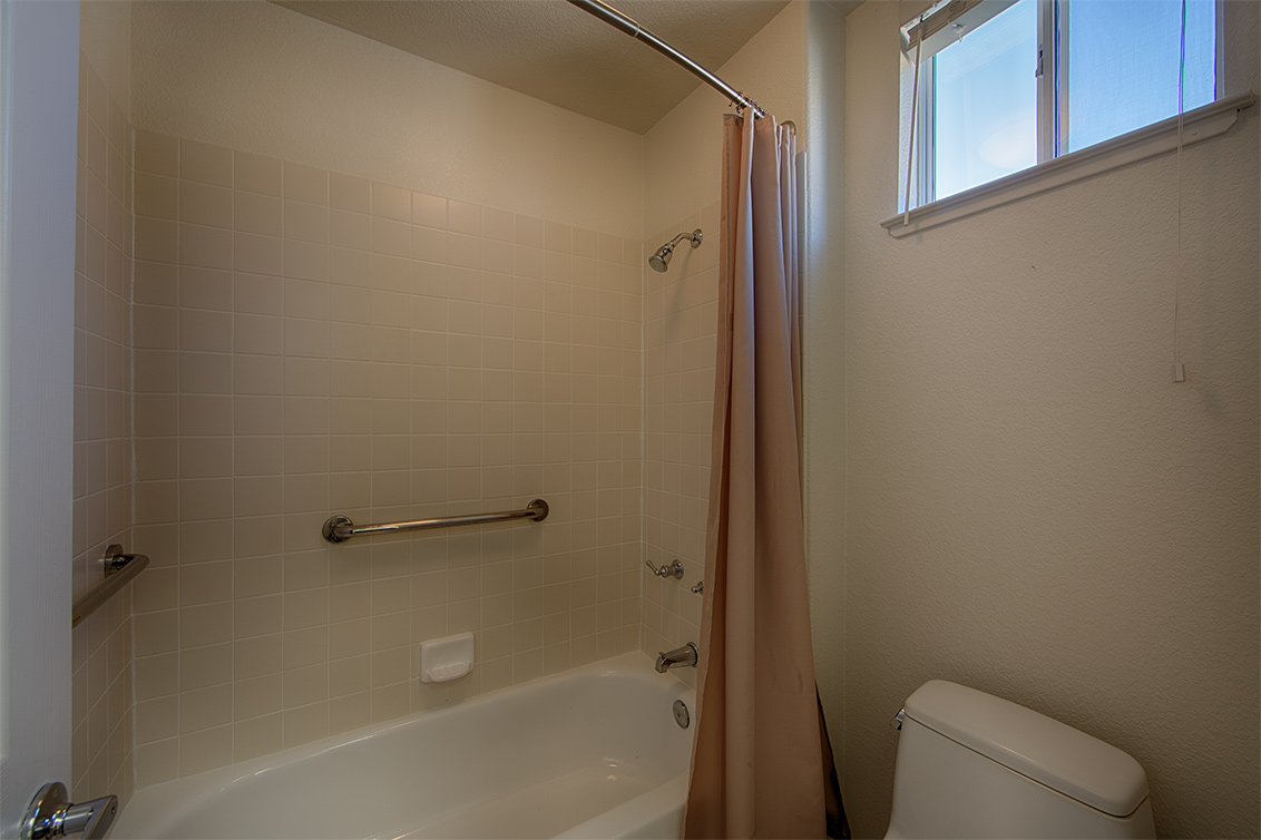 Bathroom 2 (B) - 812 Corriente Point Dr