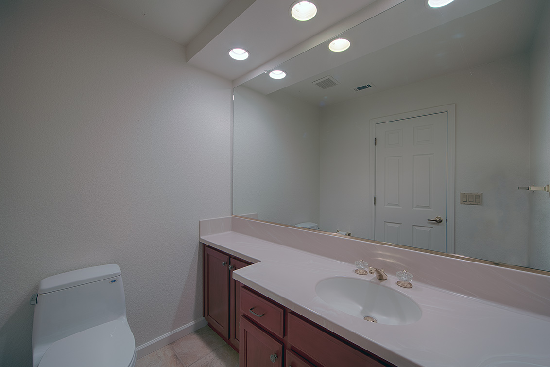 Half Bath (A) - 812 Corriente Point Dr