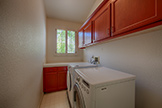 812 Corriente Point Dr, Redwood Shores 94065 - Laundry (A)