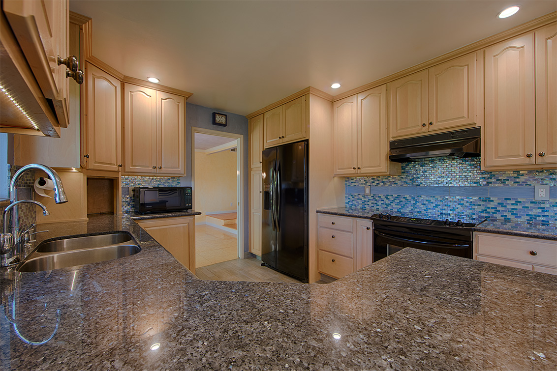 Kitchen (B) - 1169 Crandano Ct