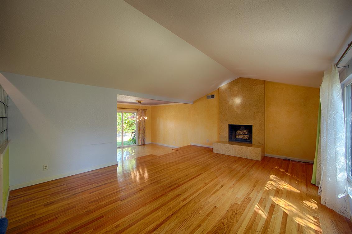 Living Room (A) - 1169 Crandano Ct