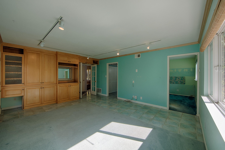1169 Crandano Ct, Sunnyvale 94087 - Family Room (C)