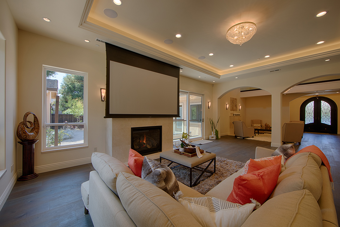 Family Room (B) - 22430 Cupertino Rd