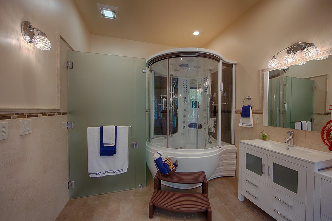 Master Bath (C) - 22430 Cupertino Rd