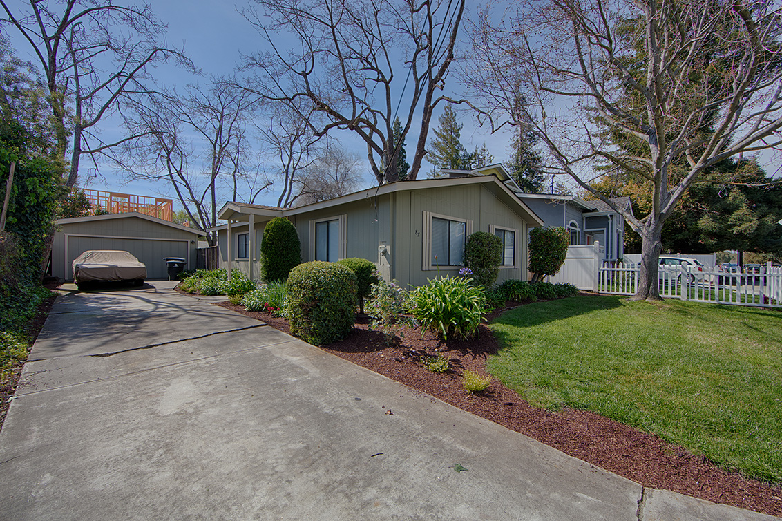 87 Devonshire Ave, Mountain View 94043