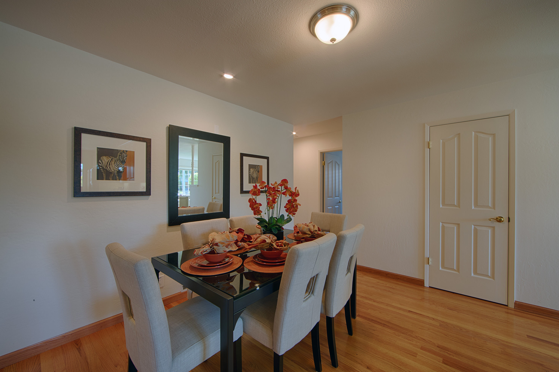 679 Durshire Way, Sunnyvale 94087 - Dining Area (B)
