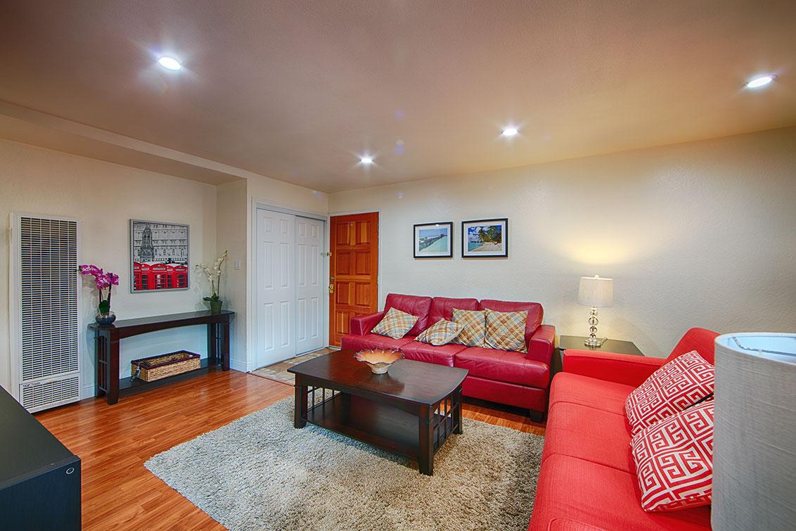 Living Room (C) - 280 Easy St 209