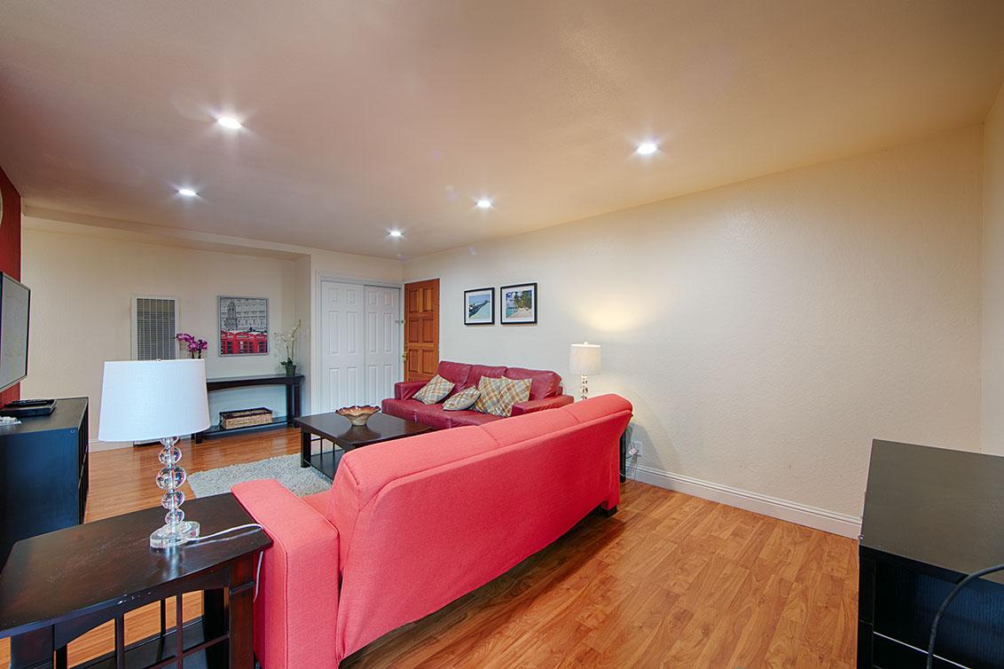 Living Room (D) - 280 Easy St 209
