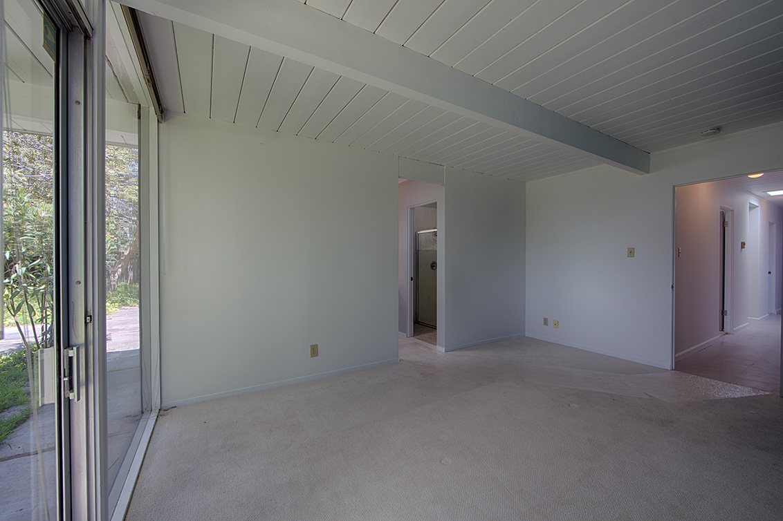 Master Bedroom (D) - 1669 Edmonton Ave