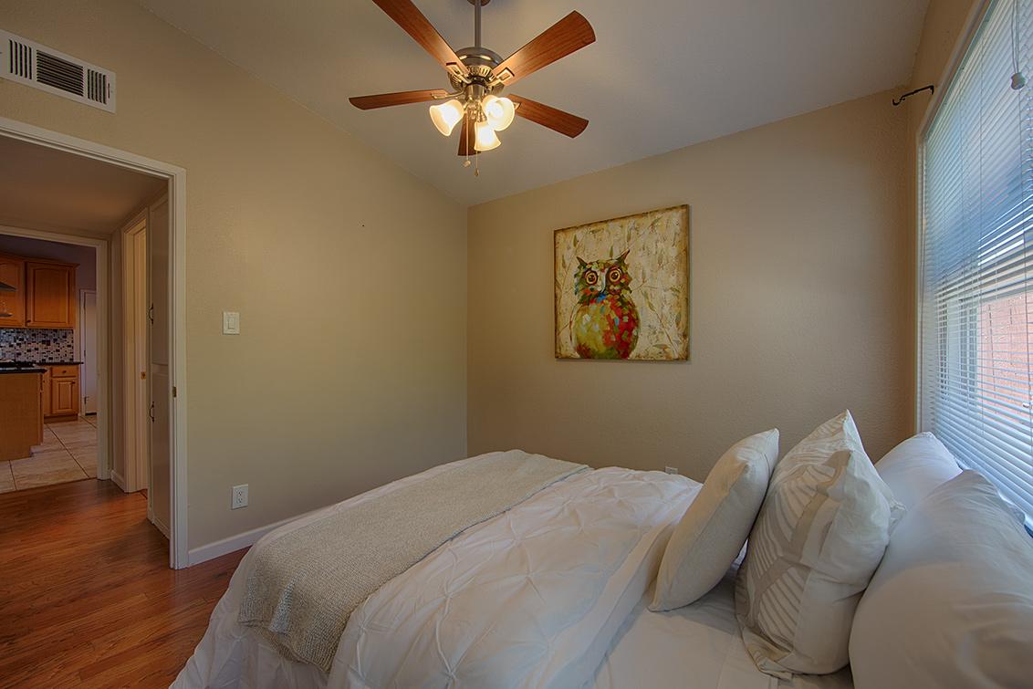 Bedroom 3 (D) - 2774 Gonzaga St