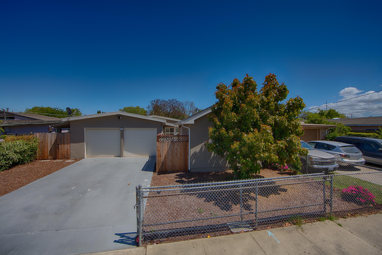 Front View - 2774 Gonzaga St, East Palo Alto 94303