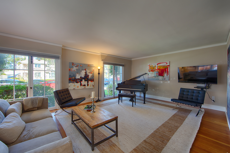 820 Hamilton Ave, Palo Alto 94301 - Living Room (A)