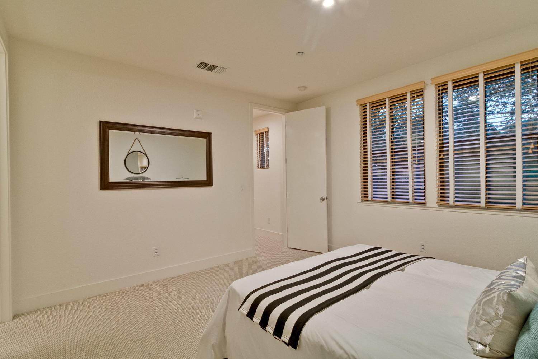 Bedroom 039